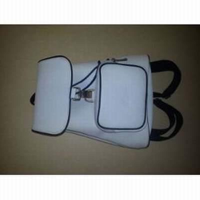 e93e09d25e sac lacoste femme cuir,sac a dos lacoste vert,sac ceinture lacoste